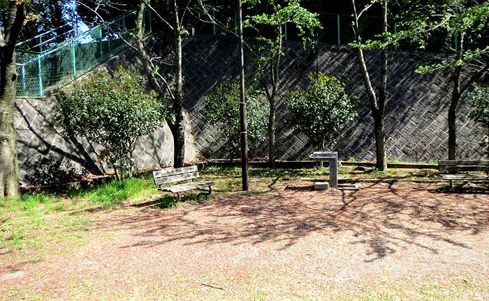 柿生中村通り公園