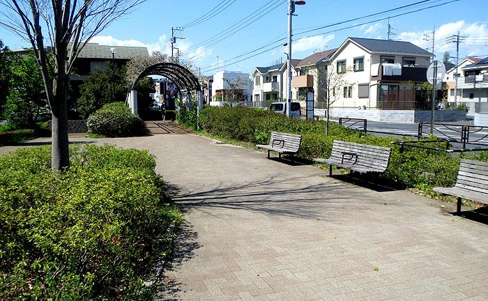 片平中村通公園