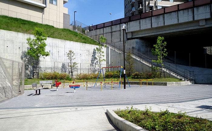 上麻生5丁目公園