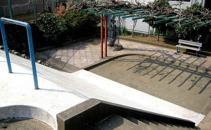 赤羽台3丁目児童遊園